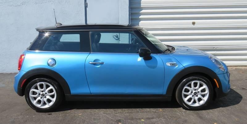 Pre-Owned 2015 MINI Hardtop 2 Door Cooper S 2dr Hatchback