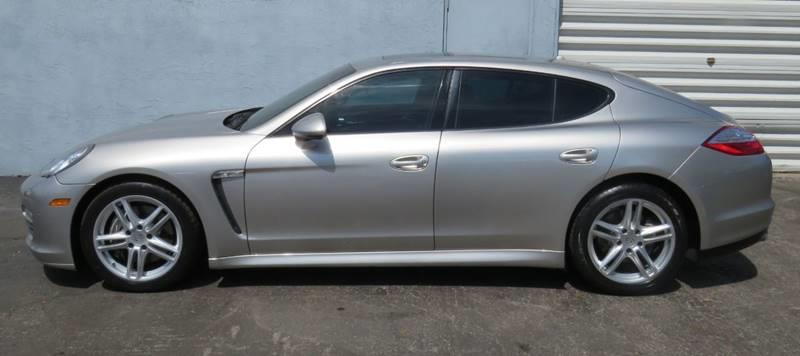 Pre-Owned 2012 Porsche Panamera Base 4dr Sedan