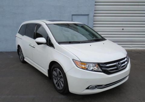 Pre-Owned 2014 Honda Odyssey Touring 4dr Mini Van